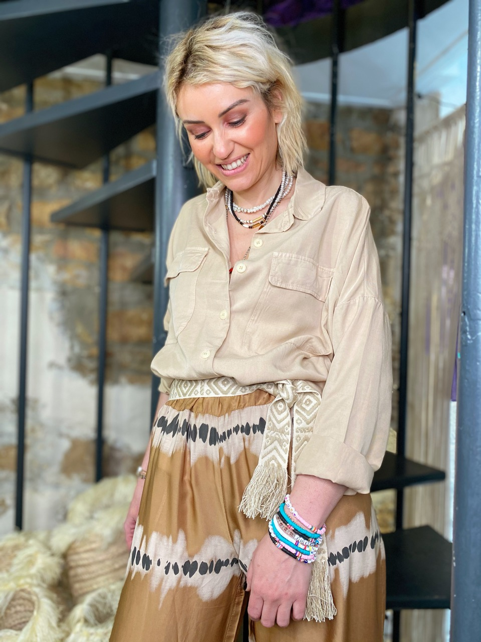 look camel tie and dye 4