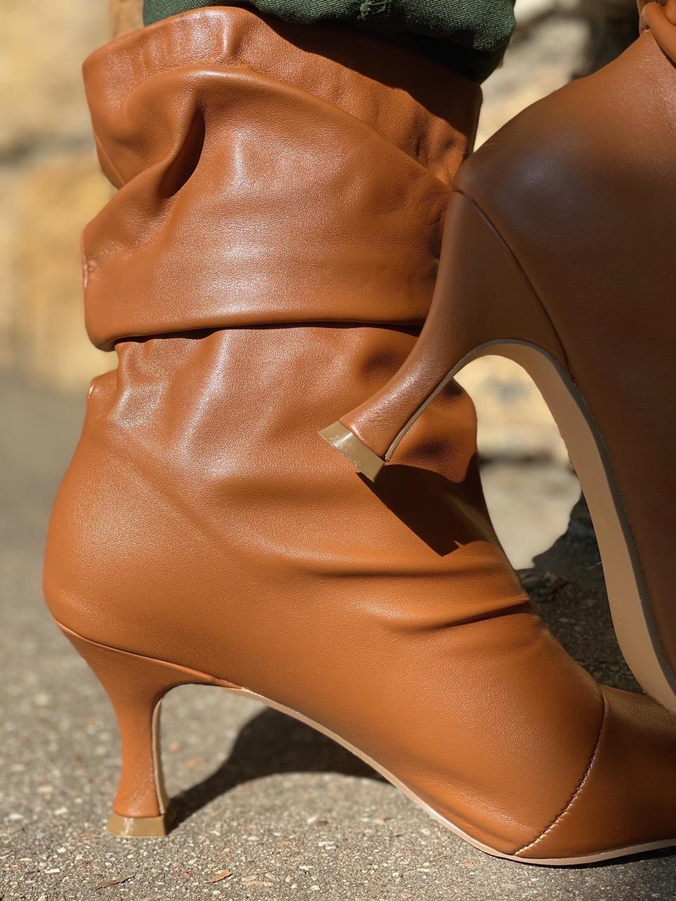 boots à talon camel 2